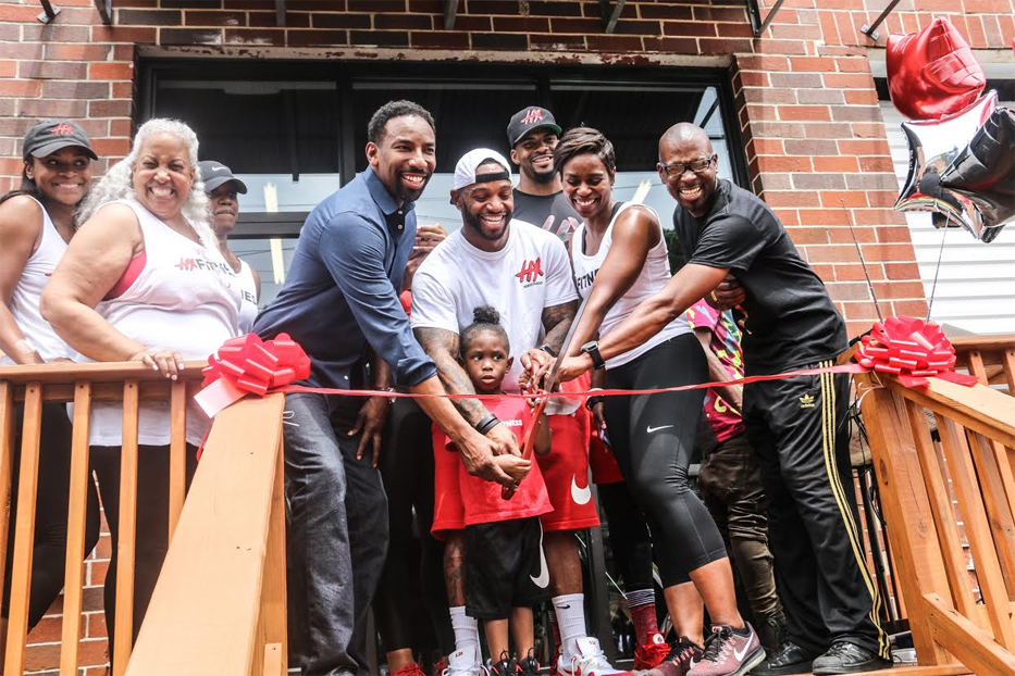 "Celebrity Trainer Darrell ""DP"" Patterson Grand Opening Weekend Celebration of HX Fitness w/ Atlanta City Councilman Andre Dickens, CBS 46's Sharon Reed, HOT 107.9's J.Nicks"
